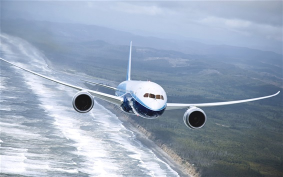 Wallpaper Boeing 737 airplane, flying on the sea