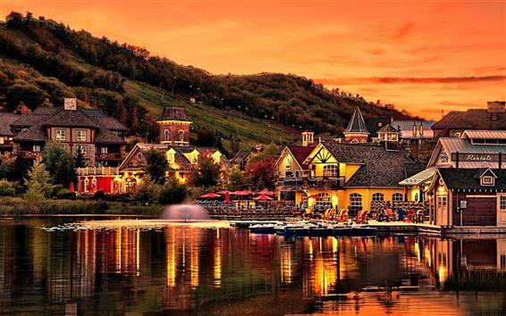 壁紙 山の斜面、住宅、湖、池、夕方、日没