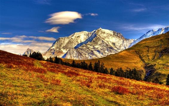 Fond d'écran Nature Paysage d'automne, ciel, nuages, montagnes, jaune