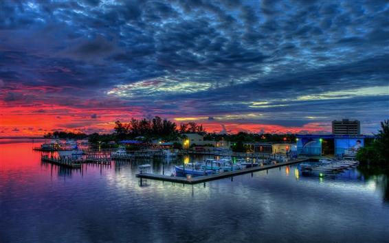 Fond d'écran Pier, maison, ciel, nuages, coucher du soleil, les bateaux, la mer
