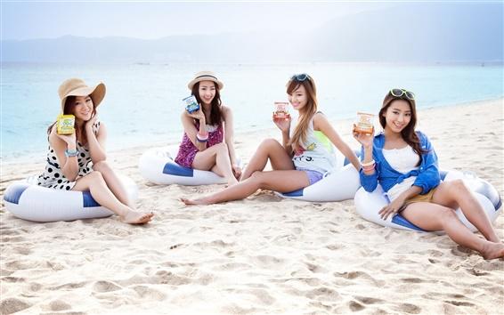 Wallpaper SISTAR beautiful girls at beach