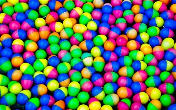 Обои Красочные пластиковые яйца