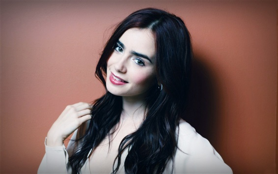 Wallpaper Lily Collins 05