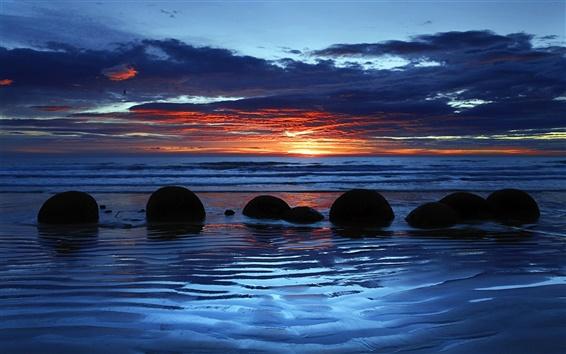 Обои Moeraki валуны, Koekohe Пляж, Отаго, Новая Зеландия, закат, облака