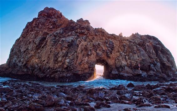 Обои Пфайффер Бич, Калифорния, США, скалы, арка, солнечные лучи