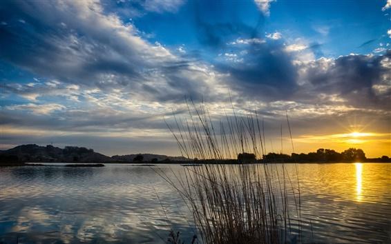 Обои Озеро, утро, солнце, восход солнца, облака