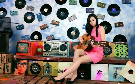 Papéis de Parede A menina asiática, guitarra, música, disco, quarto