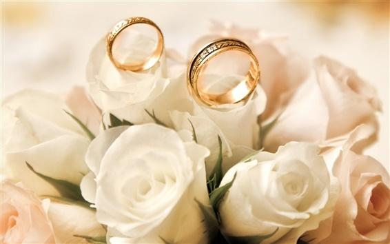 Обои Кольца обручальные, розы, белые бутоны