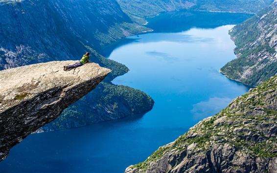 Papéis de Parede Menina ver a paisagem, rocha, montanha, rio, azul