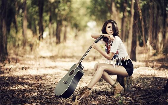 Обои Красивая девушка, азиатка, гитара, музыка
