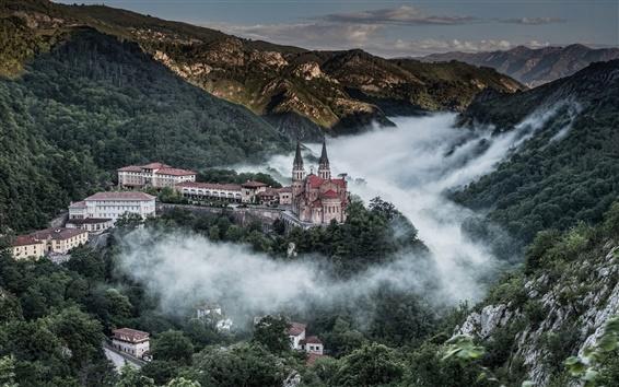 Papéis de Parede Covadonga, nas Astúrias, Espanha, Picos de Europa, casa, montanhas, árvores