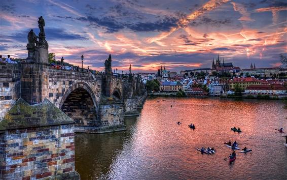 Обои Чехия, Прага, город, мост, река, вечер, дома, облака