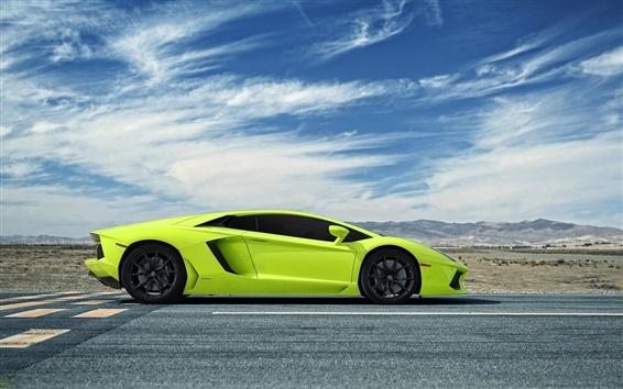 Wallpaper Lamborghini Aventador green supercar side view