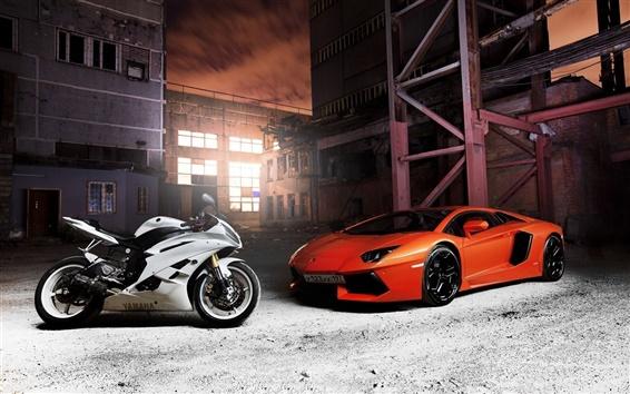 Fondos de pantalla Lamborghini Aventador supercar anaranjado, Yamaha motocicleta blanca