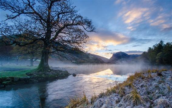 Обои Утренний пейзаж, горы, река, деревья, трава, иней