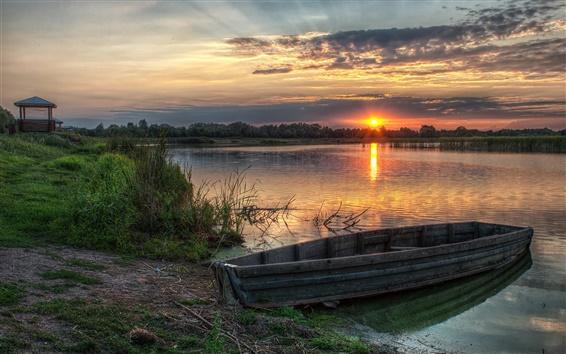 Fondos de pantalla Puesta de sol por la noche, lago, barco