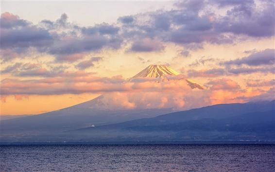 Fond d'écran Japon, Fuji volcan, lac, nuages, crépuscule