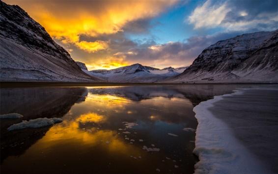 Fond d'écran Lac, montagnes, coucher de soleil, glace, froid, neige, nuages