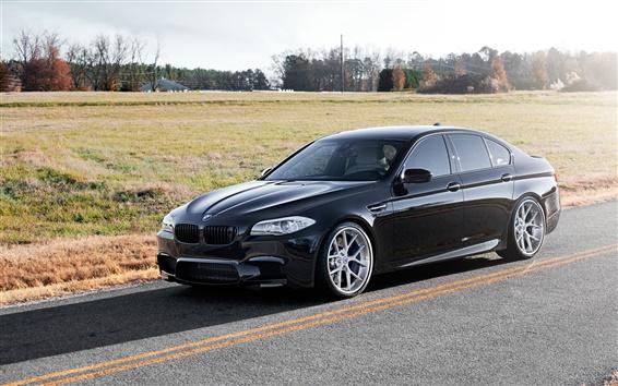 Обои BMW M5 F10 вид сбоку черный автомобиль