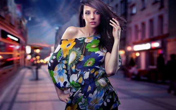 壁紙 夜の街のストリートファッションの女の子