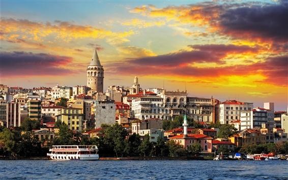 Fond d'écran Istanbul, Turquie, bâtiments, mer, bateau, nuages, coucher du soleil