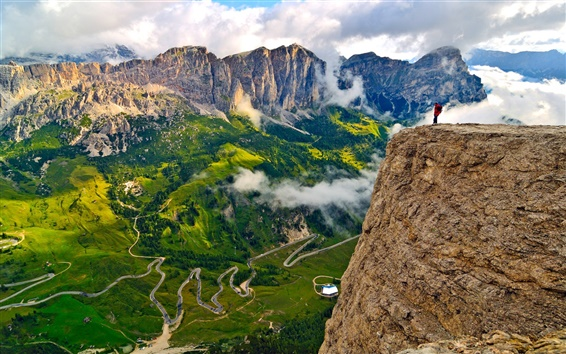 Wallpaper Italy, South Tyrol, Alps, mountains, sky, clouds, rocks, people