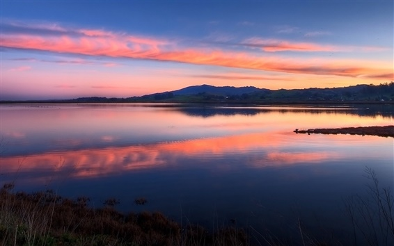 Обои Закат озеро, красное небо