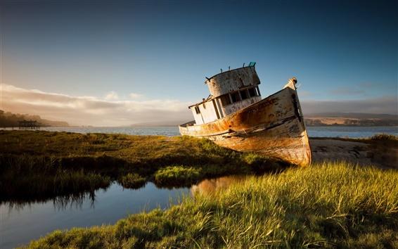 Обои Сломанный корабль, закат, река, трава