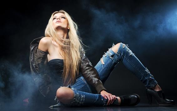 Fond d'écran Fashion girl, style, brouillard