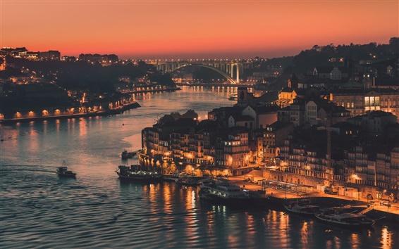 Обои Португалия, город Порто, вечер, огни, река, мост, здания