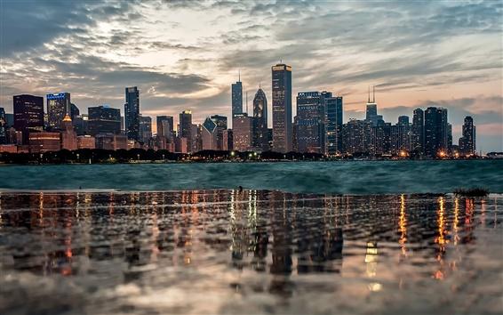 Обои Чикаго, отражение воды, здания, река, сумерки, облака