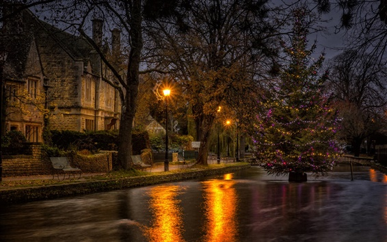 Обои Дома, деревья, фонари, река, Новый год, Рождество