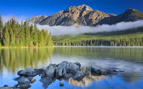 Fond d'écran Lac, ciel, les nuages, les montagnes, les arbres, les pierres