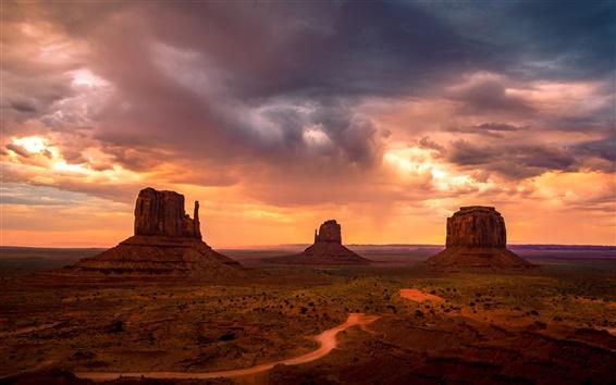 Fond d'écran Monument Valley, Etats-Unis, montagnes, ciel, nuages rouges, coucher de soleil