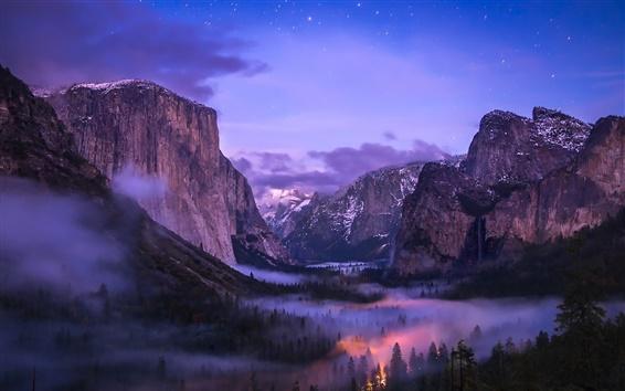 Fond d'écran Parc national de Yosemite, brouillard, chutes d'eau, vallée, nuit