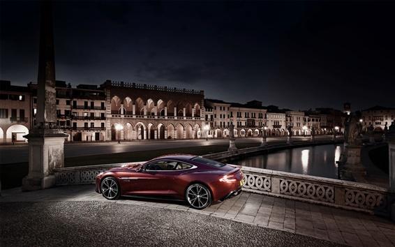Обои Aston Martin AM310 красный суперкар на ночной город