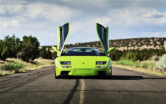 Wallpaper Green Lamborghini supercar, doors open
