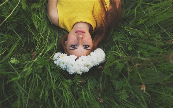 Wallpaper Wonderful picture, beautiful girl, flowers, wreath, grass