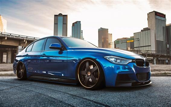 Обои BMW 335i F30 синий автомобиль сбоку