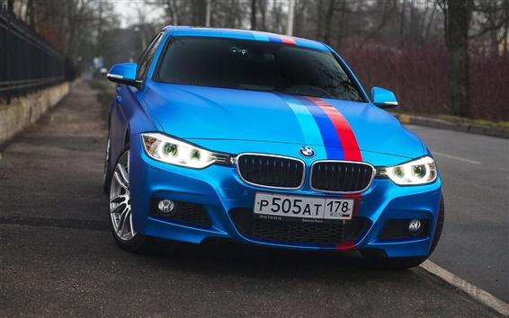 Fondos de pantalla BMW 335i coche azul vista frontal