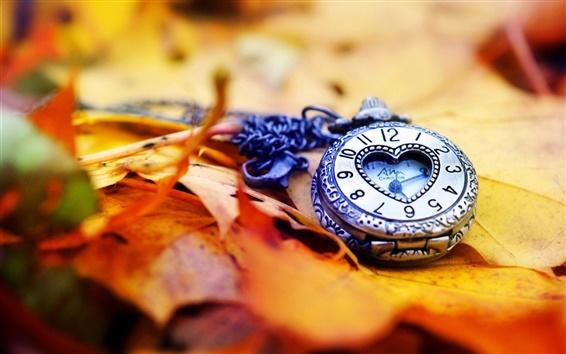 Обои Часы, часы, листья, осень, любовь сердце