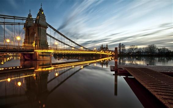 壁紙 イギリス、ロンドン、ハマースミス、ブリッジ、ライト、川、夜