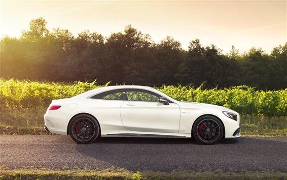 Fond d'écran Mercedes-Benz Classe S S63 AMG voiture blanche