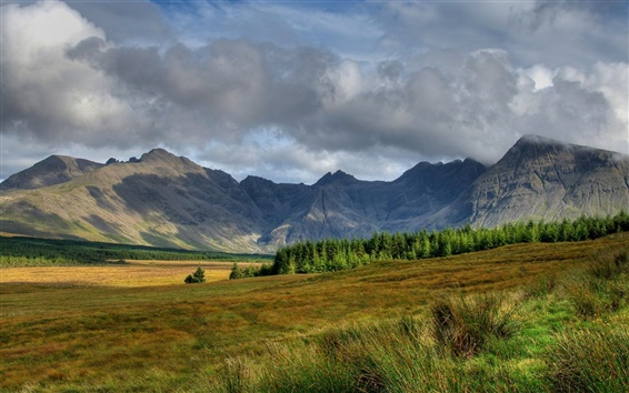 Wallpaper Scotland scenery, sky, clouds, mountains, slope, trees, grass