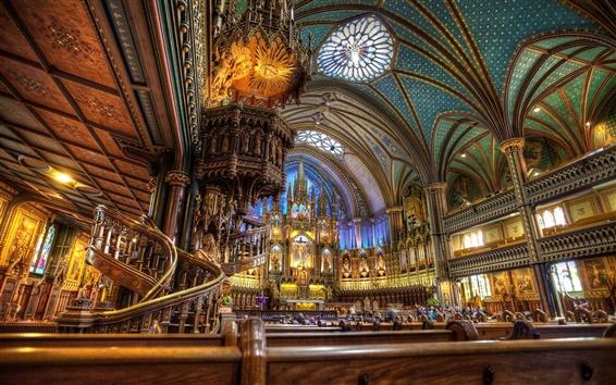 Fond d'écran La Basilique Notre-Dame, piscine intérieure magnifique paysage