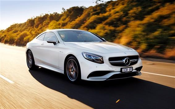 Обои 2015 Mercedes-Benz S63 AMG скорость автомобиля