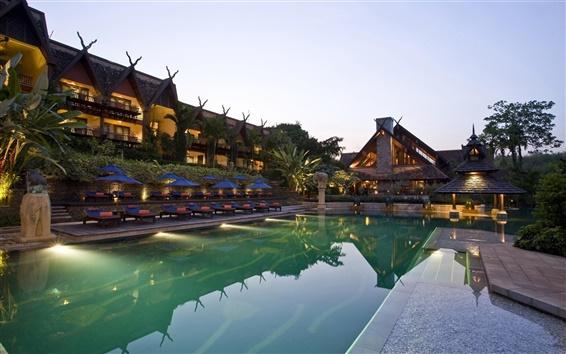 Обои Гостиница, бассейн, внешний вид, пальмы, шезлонги, зонтики