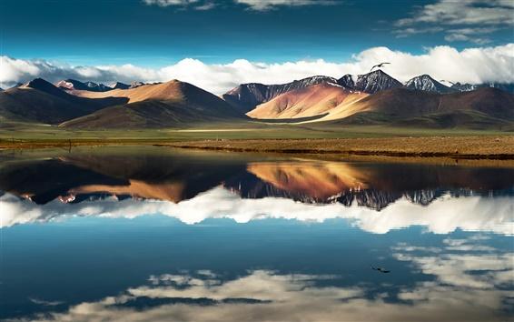 Обои Китай, Тибет, горы, озеро, вода отражение, небо, облака