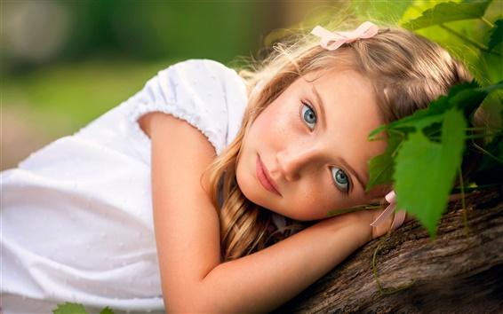 Fond d'écran Jeune fille blonde de cheveux, enfant mignon