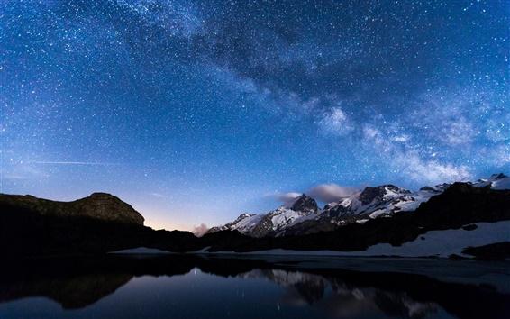 Papéis de Parede Noite, lago, montanhas, céu, estrelas, reflexão da água